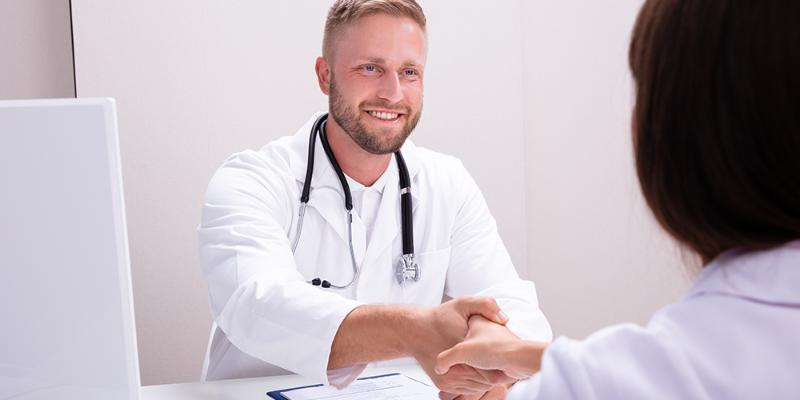 17 most common nursing interview questions (with example answers)